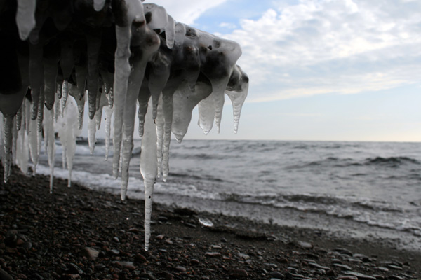 http://www.thisiscourtney.com/images/photos/LakeSuperiorIcicles.jpg
